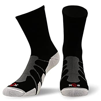 FITTING CHART Small  Women's 5-8 Men's 4-7  Medium  Women's 8-10 Men's 7-9  Large  Women's 10-12 Men's 9-11  X-Large  Men's 11-14  Due to the stretchability of the sock for more SUPPORT choose one size down in the size chart.