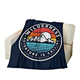 AOYEGO Bergdecken Vintage Wilderness Abenteuer Camping Wald Berge Baum Sonne See Überwurfdecke 127 x 152 cm weiche Flanell Plüschdecke für Couch Bett Jungen Mädchen