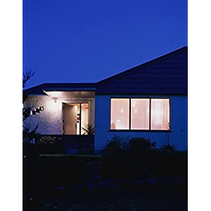 GE Lighting 13187 LED 15-watt (90-watt replacement), 1300-Lumen PAR38 Outdoor Floodlight Mono-Fresnel, Bright White