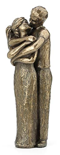 Soulmates Kissing Statue