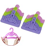 Yesoa 30 Stück Kunststoff-Kleiderbügel für Puppen, Baby-Puppen-Kleiderbügel für 40,6–45,7 cm Puppenkleidung, Puppenzubehör (3 Farben) -
