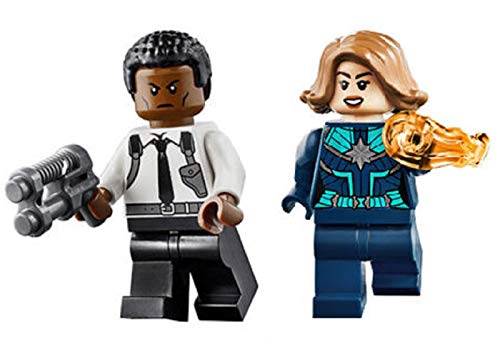 LEGO Superheroes: Captain Marvel and Nick Fury (Young)