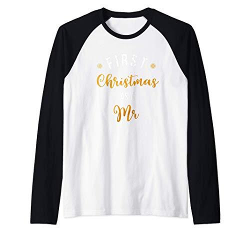 First Christmas as a Mrs Vintage Couple Holiday Gift Raglan Baseball Tee