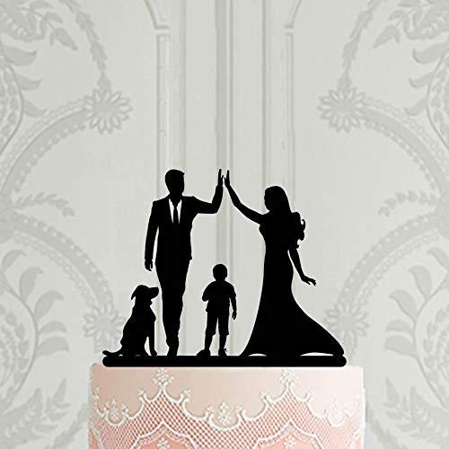 Decoración para tarta de boda con diseño de silueta familiar con niño y perro, novia y novio de alto cinco.