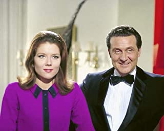 e2843db7bcc44 The Avengers Patrick Macnee Diana Rigg brilliant color publicity portrait  Photo 8x10 Promotional Photograph