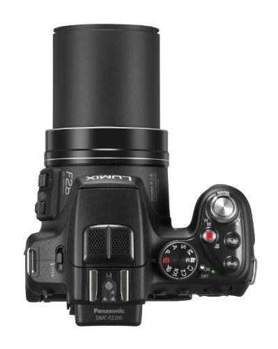 Panasonic LUMIX DMC-FZ200EG9 Premium-Bridgekamera (12 Megapixel, 24x opt. Zoom, F2.8, 7,6 cm LC-Display, LEICA DC Weitwinkel-Objektiv) schwarz