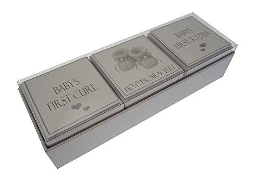 White Cotton Cards - Coffret souvenir 3 en 1 pour premier bracelet, boucle ou dent de bébé (chaussons en argent)