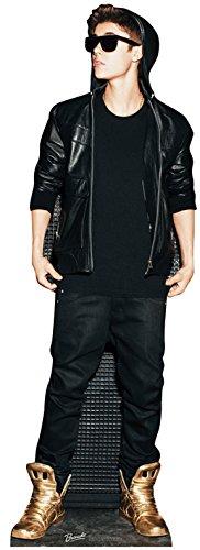 Star Cutouts, Pappaufsteller von Justin Bieber mit Kapuzenpullover und Goldschuhe