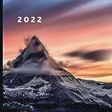 2022: January 2022 - December 2022 | 12 Month Calendar | Monthly Photo Calendar | Monthly Calendar with U.S./UK/ Canadian/Christian/Jewish/Muslim Holidays | Amazing Nature Landscape Photo
