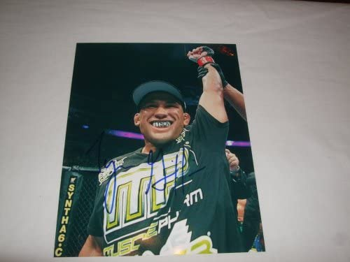 Tyson Griffin Max 65% OFF Autographed Ultimate 8x10 Ph OFFicial store Championship Fighting