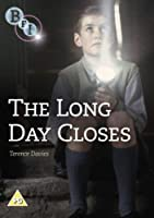 The Long Day Closes [Import anglais]