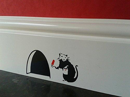 Agujero de ratón rata Banksy con pintura Tin y rodillo rojo y pequeño negro rodapié