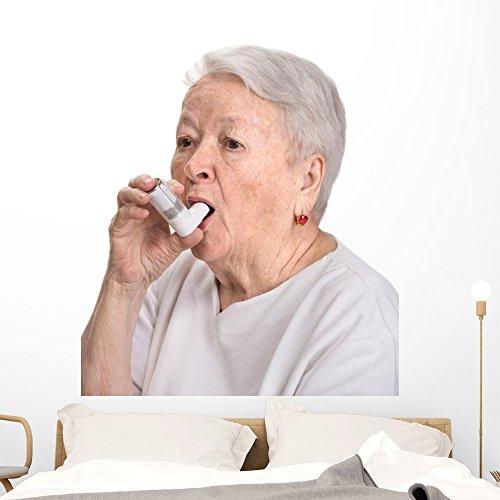 Senior Woman con asma Pared Adhesivo por Wallmonkeys Peel y Stick gráfico wm335116