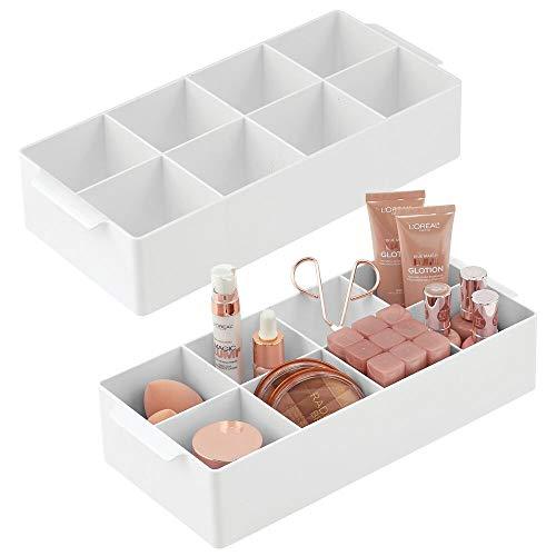 mDesign 2er-Set Kosmetik Organizer – dekorative Box mit 8 Fächern zur Medikamenten- und Kosmetikaufbewahrung – praktische Ablage für Nagellack, Lippenstift & Co. auf Waschtisch oder Kommode – weiß