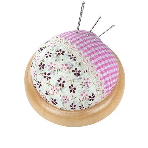 Florales Vintage-Nadelkissen in rosa kariert und Blumen Muster, mit hellem Holzteller (Ø 7 cm)