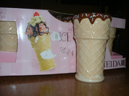 We All Scream for Ice Cream - 4 Tall Sundae Cups