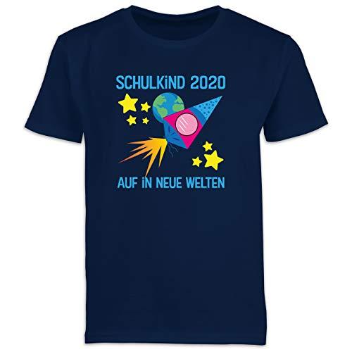 Einschulung und Schulanfang - Schulkind 2020 auf in Neue Welten blau - 128 (7/8 Jahre) - Navy Blau - Schultüte - F130K Schulanfang - Schulanfang Jungen T-Shirt Kinder