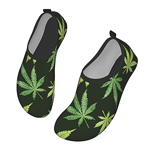 Acuarela Hojas de Marihuana en Zapatos de Agua Oscura Calcetines de Agua Descalzos de Secado rápido para Nadar en la Playa, Surf, Yoga, Ejercicio