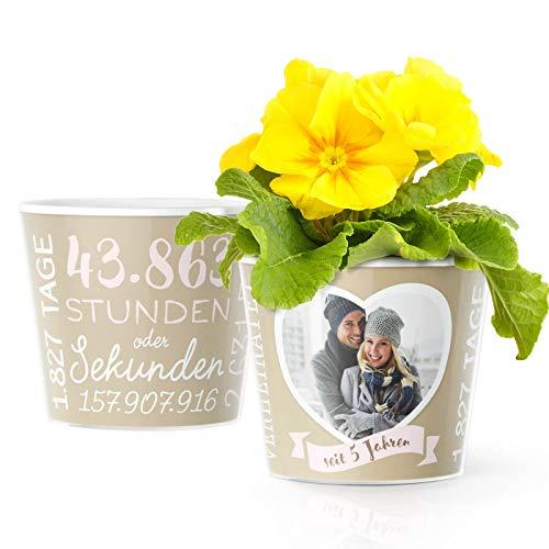 Hölzerne Hochzeit Deko - Blumentopf (ø16cm) | Geschenk zum 5.Hochzeitstag für Mann oder Frau mit Herz Bilderrahmen für EIN gemeinsames Foto (10x15cm) | Glücklich verheiratet - 5 Jahre