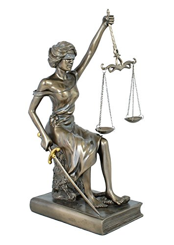 Decoratiefiguur Justitia godin van rechtvaardigheid sculptuur plastic brons 29 cm met weegschaal zwaard oogstrip