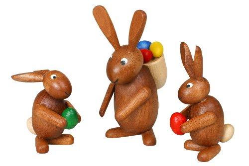 3 paashaasfiguren – paashaasgroep - paasdecoratie – paashaas – houten figuren – handwerk – hoogte 5 – 8 cm – Ertsgebergte – zeep – NIEUW