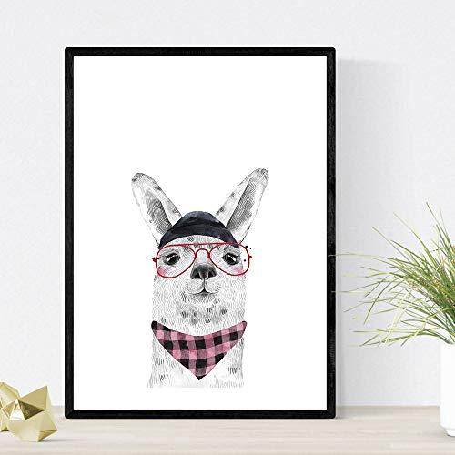Nacnic Lámina Infantil Alpaca con Gorro Gafas y pañuelo Rosa Poster de Animales en Tamaño A3 Enmarcado con Marco Negro