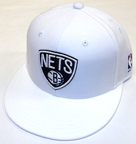 adidas Brooklyn Nets TQ44K - Gorro de billar plano (talla 7)