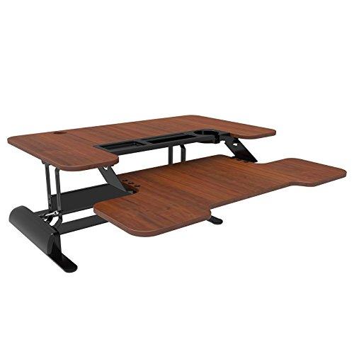 Vitaldesk Sitz-Steh Schreibtisch | Gasfedermechanismus, Höhenverstellbar (sechs Einstellungen), Ergonomisches Design, Extra breite Arbeitsplatte (90cm) (Holzmaserung)