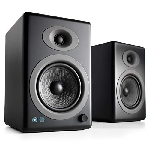 PREMIUM altoparlanti alimentati a libro: l'Audioengine ha portato apparecchiature audio tradizionali di alta qualità nell'era digitale. La loro gamma di prodotti premiati sono stato elogiato da What Hi-Fi, CNet, e Wired per citarne solo alcune delle ...