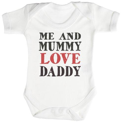 TRS - Me and Mummy Love Daddy Body bébé - Cadeaux de bébé 3-6 Mois Blanc