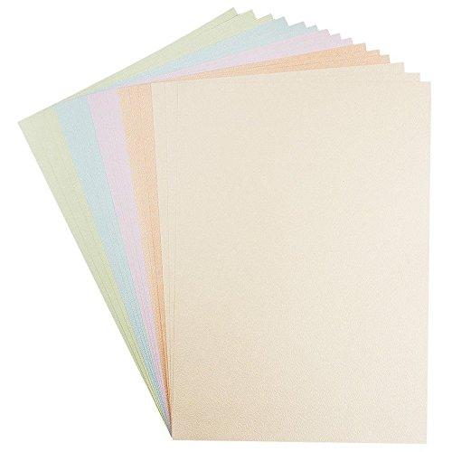 Bastelpapier mit Prägung