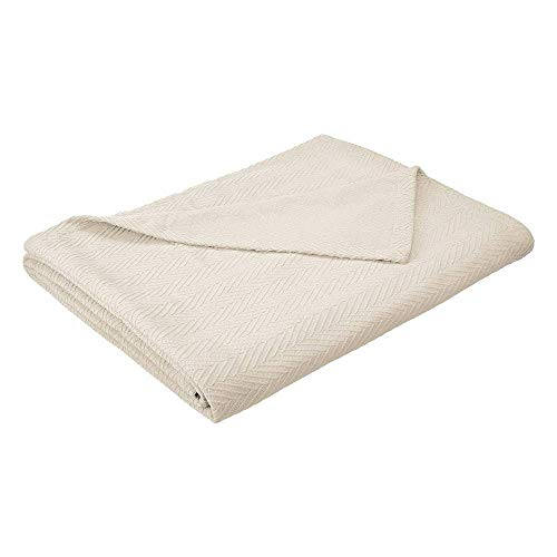 eLuxurySupply Metro Weave Blanket Cotton Thermal Blanket - Soft & Breathable All Seasons Oversized Throw Blanket Perfect for Layering Any Bed King Size, Ivory Color