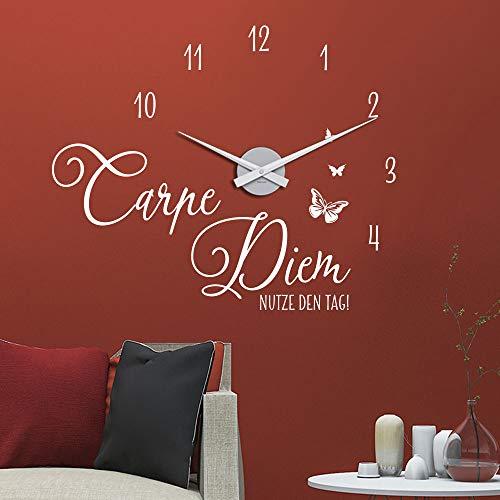 KLEBEHELD® Wandtattoo Uhr Carpe Diem - Nutze den Tag mit Schmetterlingen Wanduhr für Wohnzimmer Farbe schwarz, Größe 58x48cm | Uhrwerk schwarz, Umlauf 44cm