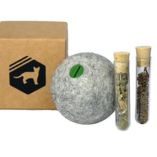 Kira Gates Natürliches Katzenspielzeug-Set | Spielball aus echtem Wollfilz mit Aroma-Fach | Katzenminze und Baldrian Spielzeug in einem