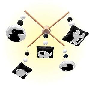EVERLOVE Montessori Hanging Mobile – Black and White Mobile Crib Toy – Baby Crib Mobile for Boys & Girls – Crib Mobile for Black or White Nursery Room Décor – Baby Mobile for Crib