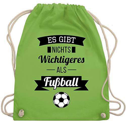 Shirtracer Fußball - Es gibt nichts Wichtigeres als Fußball - Unisize - Hellgrün - fussball turnbeutel - WM110 - Turnbeutel und Stoffbeutel aus Bio-Baumwolle