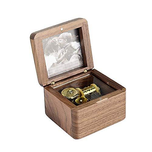 YUQIYU. Scatola di legno di musica del regalo di compleanno di legno Mestieri tavolino della decorazione (Colore: colore immagine, Dimensione: 7.2X6.6X5.4CM)