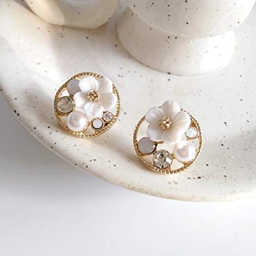 weichuang Ear clip Fresh Minimalist Design Spring Flower Fairy Earrings Non Pierced Ears Clip Sweet Gentle Shell Small Flower Clip Earrings No Hole Ear clip (Metal Color : Pierced eaes)