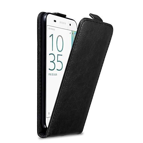 Cadorabo Hülle für Sony Xperia E5 in Nacht SCHWARZ - Handyhülle im Flip Design mit Magnetverschluss - Hülle Cover Schutzhülle Etui Tasche Book Klapp Style