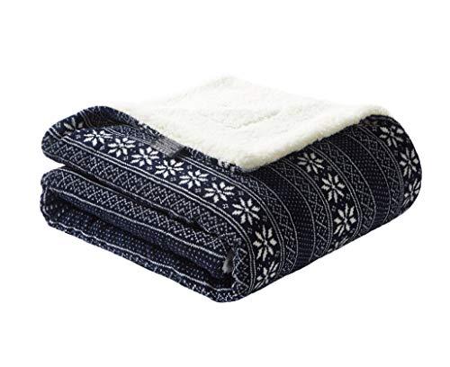 PimpamTex Sofadecke, Warme Seitenwechselbare Kuscheldecke für Wohnzimmer & Schlafzimmer, Tagesdecke 130x160 cm mit verschiedenen Mustern, Thermische Sherpadecke (Blaue Schneeflocke)
