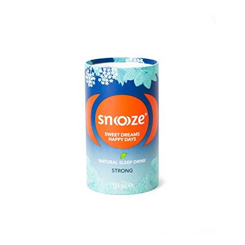 Snoooze ® - Das Natürliche Schlafgetränk auf Kräuterbasis - Wirksamer Schlaf tee mit Baldrian, Passionsblume, Lindenblüte, Kalifornischer Mohn - 12 x 135ml - Strong - Made in Austria