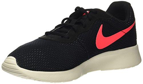 Nike Tanjun SE – Scarpe Sportive, da Uomo, Colore: Nero – (Black/Solar Red-Pure Platinum-Sail)