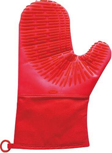 OXO Good Grips Petite Silicone Oven Mitt with Magnet Red product image