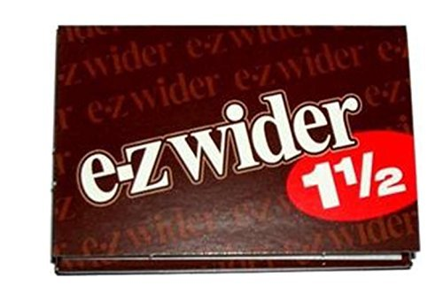 4 PACKS OF EZ WIDER 1 1/2 CIGARETTE ROLLING PAPERS,EZWIDER.