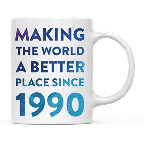 N\A Regalo de Taza de café con hito de cumpleaños, Haciendo del Mundo un Lugar Mejor Desde 1990, Acuarela Azul, 1 Paquete, 26, 27, 28, 29, cumpleaños, Aniversario