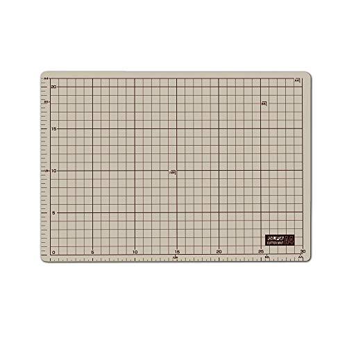 オルファ(OLFA) カッターマットA4 (225x320x2mm) 134B