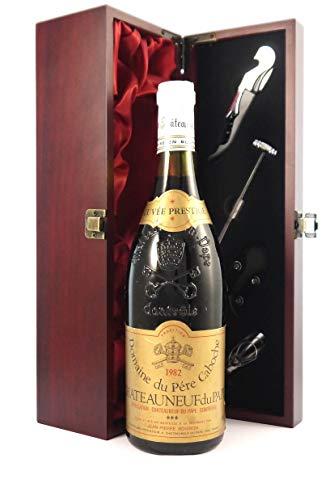 Chateauneuf du Pape 1982 Domaine du Pere Cabouche en una caja de regalo forrada de seda con cuatro accesorios de vino, 1 x 750ml
