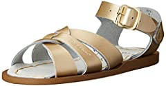 Salt Water Sandals by Hoy Shoe Original Sandal In this style Big Kid sizes are two sizes smaller than the women's size.  The strap of the sandal will have both the Big Kid and Women's size. Example : 7W9 refers to Big Kid 7 and Women's 9
