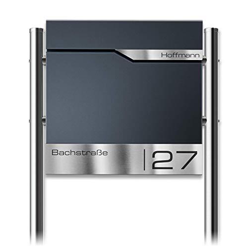 Metzler Briefkasten mit Pfosten & V2A Edelstahl-Namensschild Siebert - Design Standbriefkasten inkl. Zeitungsfach - Postkasten in Anthrazit RAL 7016 - Größe: 37 x 37 x 10,5 cm
