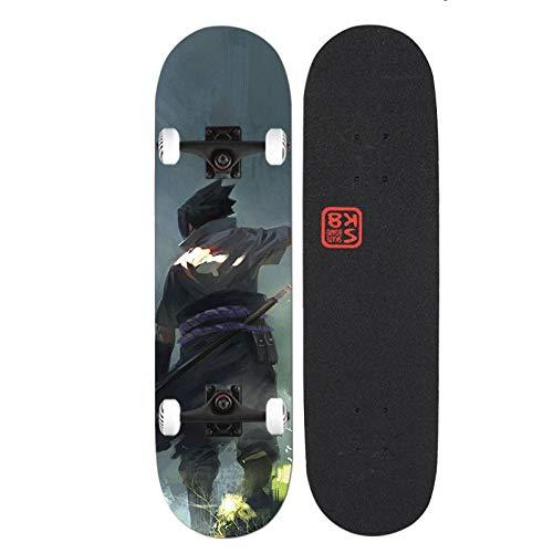 Xlyasky Naruto/Uchiha Sasuke Skateboard Skateboard Principiantes Cuatro Ruedas Doble Tilt Maple Maple Tablón Adecuado Diseño de Moda Monopatín de Madera con rodamientos de aleación de PVC y Ruedas